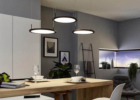 Plate 3 LED, Pendelleuchte, schwarz matt